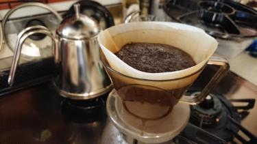 挽きたてコーヒーをお手軽簡単に味わえるオススメコーヒーミル(電動)を購入♪